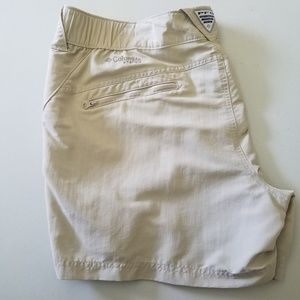 Columbia PFG Khaki Shorts Size XL